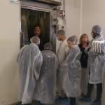 Visite dans les frigos qui renferment aussi des machines
